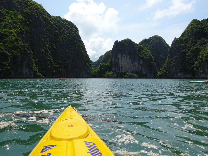 lan ha bay, kayak, travel, vietnam