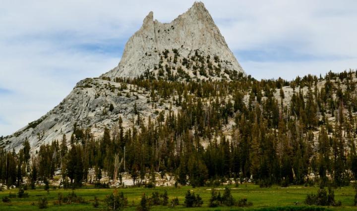 yosemite, nikkita, hiking, california