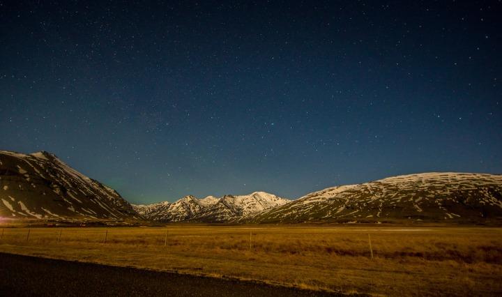 nothern lights, travel, iceland
